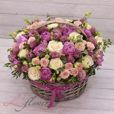 Flower baskets - BASKET WITH PEONIES PALAIS ROYAL - букеты в СПб
