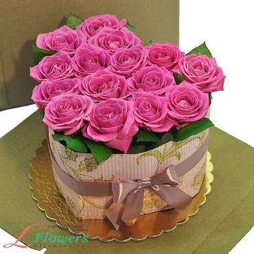 Cakes of flowers  - Cake - pink heart - букеты в СПб