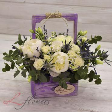 Цветы в ящиках - Wood box Антуанетта - букеты в СПб