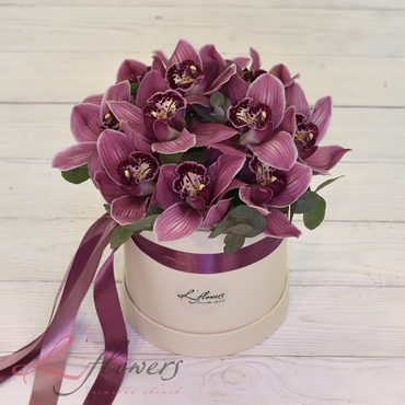 Hat box flowers - Bonet Marmaris - букеты в СПб