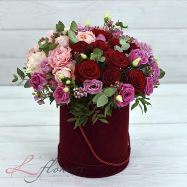 Hat box flowers - Bonnet Merelin - букеты в СПб