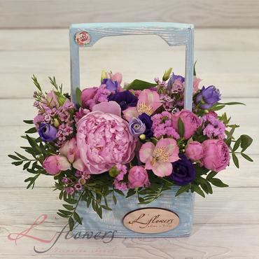 Цветы в ящиках - Wood box Мальвина - букеты в СПб