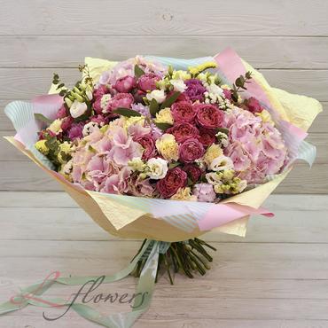 Букеты цветов в ассортименте - Букет Медея - букеты в СПб