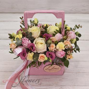 Цветы в ящиках - Wood box Микки - букеты в СПб