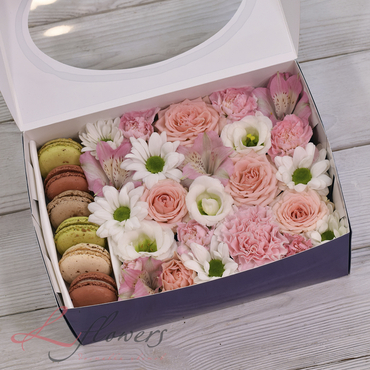 Macaroon boxes - Snow White box - букеты в СПб