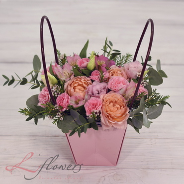 Сумочки с цветами - Ваниль - букеты в СПб
