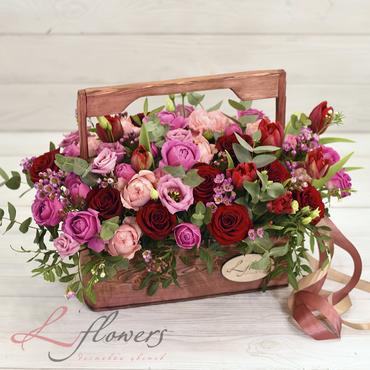 Цветы в ящиках - Wood box Bentley - букеты в СПб