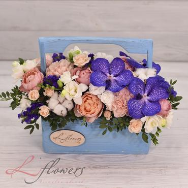 Цветы в ящиках - Wood box Север - букеты в СПб