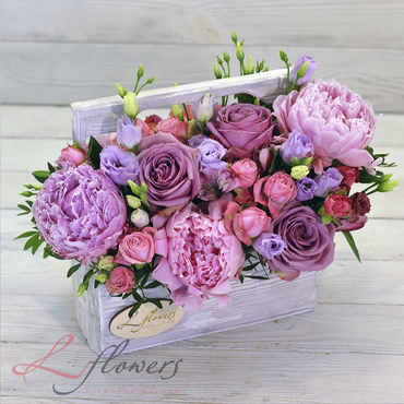 Цветы в ящиках - Wood box Ромео - букеты в СПб