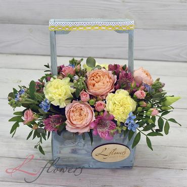Цветы в ящиках - Wood box Бэмби - букеты в СПб