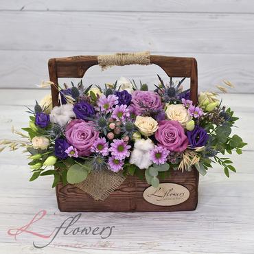 Цветы в ящиках - Wood box Mercedess - букеты в СПб