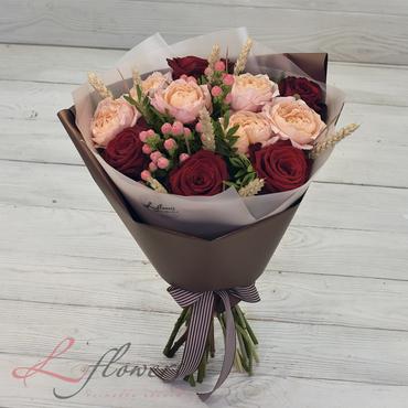Букеты цветов в ассортименте - Букет Наоми - букеты в СПб