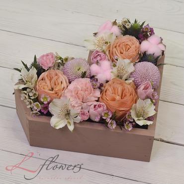 Цветы в ящиках - Wood box Романтик - букеты в СПб
