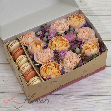 Macaroon boxes - Spring box - букеты в СПб