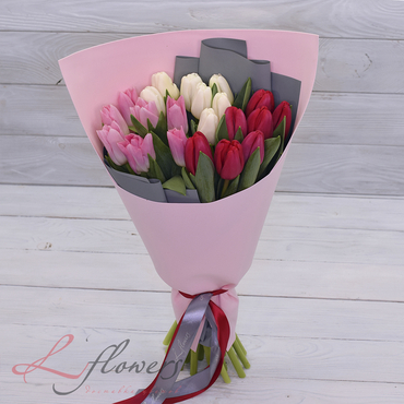 Bouquets - Bouquet Trinity - букеты в СПб