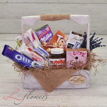 Цветы в ящиках - Wood box Наслаждение - букеты в СПб