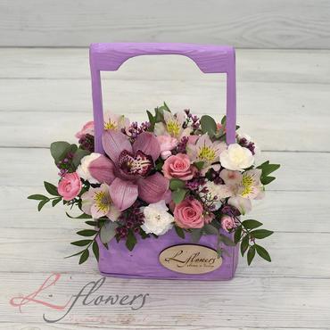 Цветы в ящиках - Wood box Жан Поль - букеты в СПб
