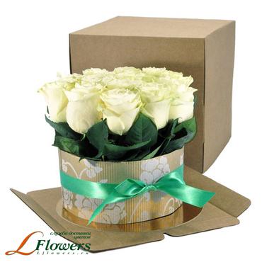 Cakes of flowers  - Cake - 15 white roses - букеты в СПб
